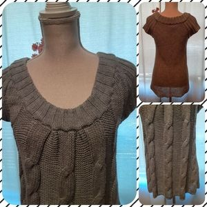 Scoop neck grey knit sweater
